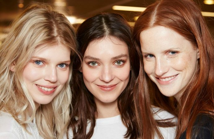 How To Get Glowing Skin? – Tips From Experts